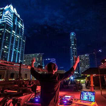 blu eCigs Presents the Electric Lounge at Summit Nightclub